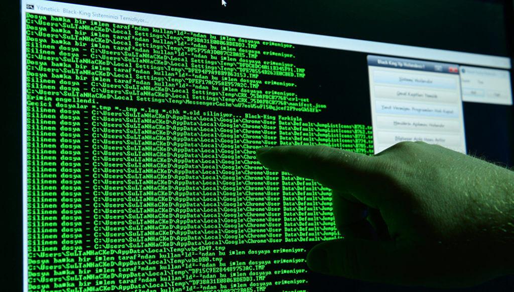 Сбербанк в 2017 году отразил 300 тыс. атак хакеров